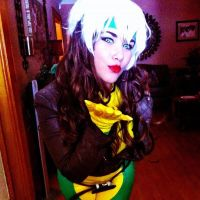 Rogue Cosplay by MyBloodyDeadZombie