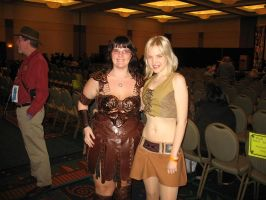 Xena and Gabrielle by sand-snake