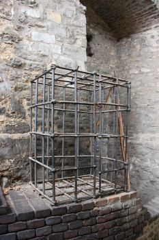 torture cage by two-ladies-stocks