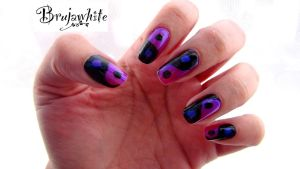 Alphabet nail art challenge: Y is or Yingyang by Brujawhite