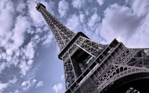 Tour Eiffel 2 by kami-hunter