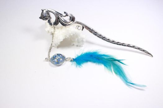 Blue Feather Fox  hair stick by fion-fon-tier