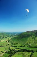 paragliding in langdale valley by Nacho-Nietzsche