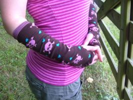punk-y arm warmers by Pentecost