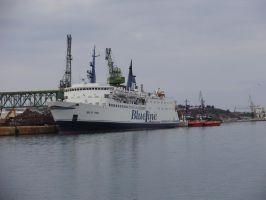 Ferry by BubiMandril
