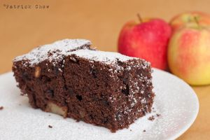 Apple chocolate cake by patchow