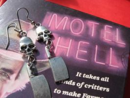 Motel Hell by SpellsNSpooks
