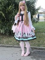 Fantastic dolly outfit by PinapplesAddict