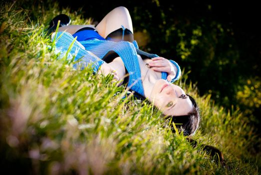 Timber grass and Rinoa on it :D by Leonharts-family
