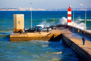 Waves and pier by olgaFI