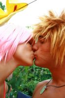 Narusaku at the Seaside KISS by FairyScarlet