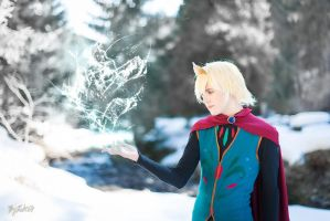 Elsa Cosplay (Male Version - Elias) - Let It Go by DakunCosplay