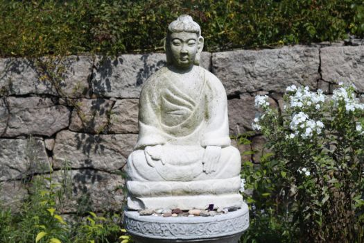 Japanese Statue by Maeve09