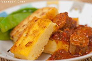 Polenta sticks with sausages by patchow