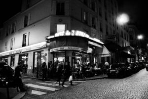 Cafe des 2 Moulins by Dominique-Violoniste