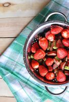 Strawberry with rhubarb by fotografka