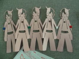 Ulquiorra paper chain by spot1the2dog3