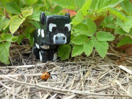 Minecraft - Outdoors - Cow by GeekcraftFigures