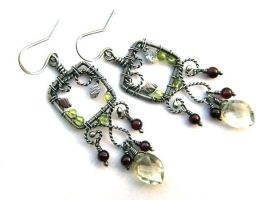garnet peridot earrings by annie-jewelry