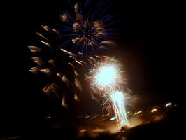 Fireworks at Kings 3 by RubyReminiscence