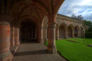 Kelso Abbey Arcades by Tingil