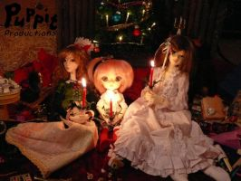 Dolly Christmas 2011 by PuppitProductions