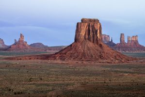 Monument Valley, Dawn by alierturk
