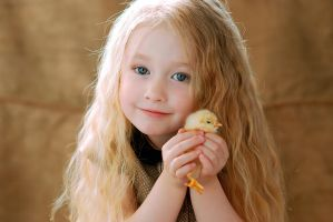 Little Girl With Chicken 3 By Anastasiya Landa-d7j by ongchenvietnam