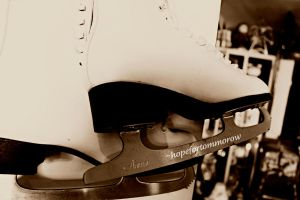 She skates. and thats her story, the end. by hopefortommorow
