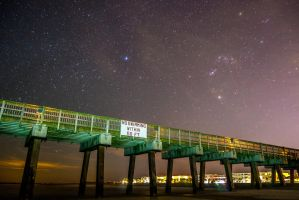 Stars at the pier 2 by Citpars