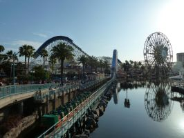 Paradise Pier by Tiffyx