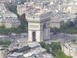 Arc de Triomphe from On High by zentron