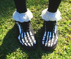 Custom painted skeleton shoes by Malice-InWonderland