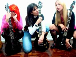 Guitar Girls by MariRainha