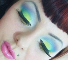 Pastel rainbow eyeshaddows by munstermakeup