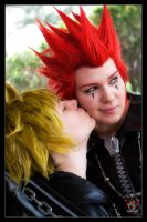 Roxas and Axel - Peck by Kuragiman