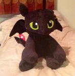 Toothless Teddy by extraphotos
