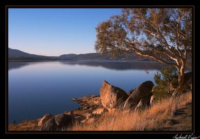 Lake Jindabyne by robertvine