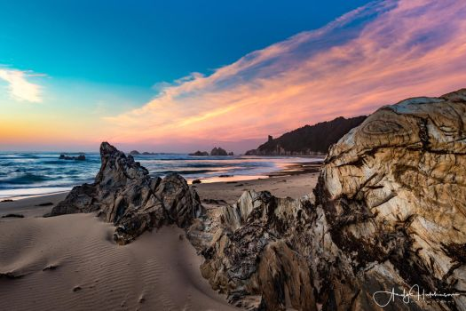 Glasshouse Rocks South by andyhutchinson