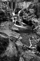 monochrome waterfall by CharmingPhotography