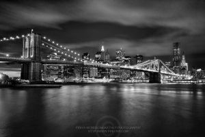 Manhattan Night by porbital