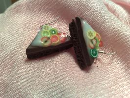 Cake slice earrings by PinkCakes