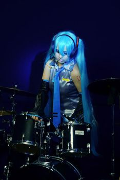 Miku Hatsune_drums girl by WanderingKai