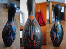 Bowling pin by Hepcat-Pinstriping