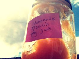 Homemade Peach Jam by Friendermen