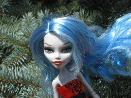 Ghoulia 2 by ginger-muffin
