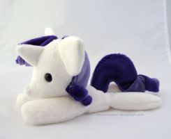 Rarity beanie by PlanetPlush