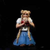 Usagi is eating... by StudioFeniceImport