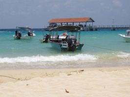 salang beach, tioman2 by nbling