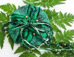 Green flower pouch with dragonfly wing pattern by Ravensilver